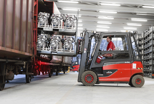 500-x-300_Logistics-Services